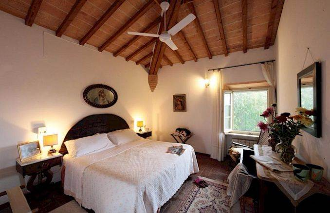 Canneto; Classic-Style Holiday villa In Siena Area (16)