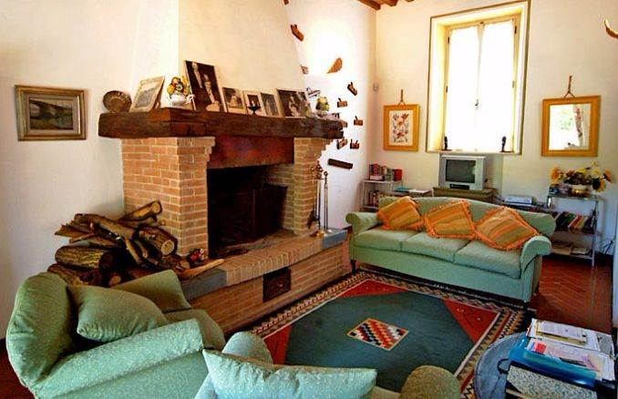 Canneto; Classic-Style Holiday villa In Siena Area (18)