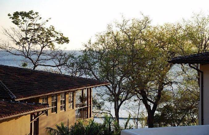 Casa Pinita - Exquisite Modern Home in Costa Rica (16)