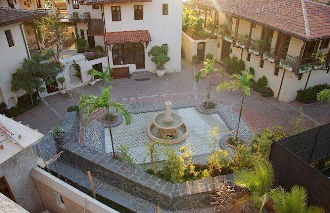 Casa Pinita - Exquisite Modern Home in Costa Rica (18)