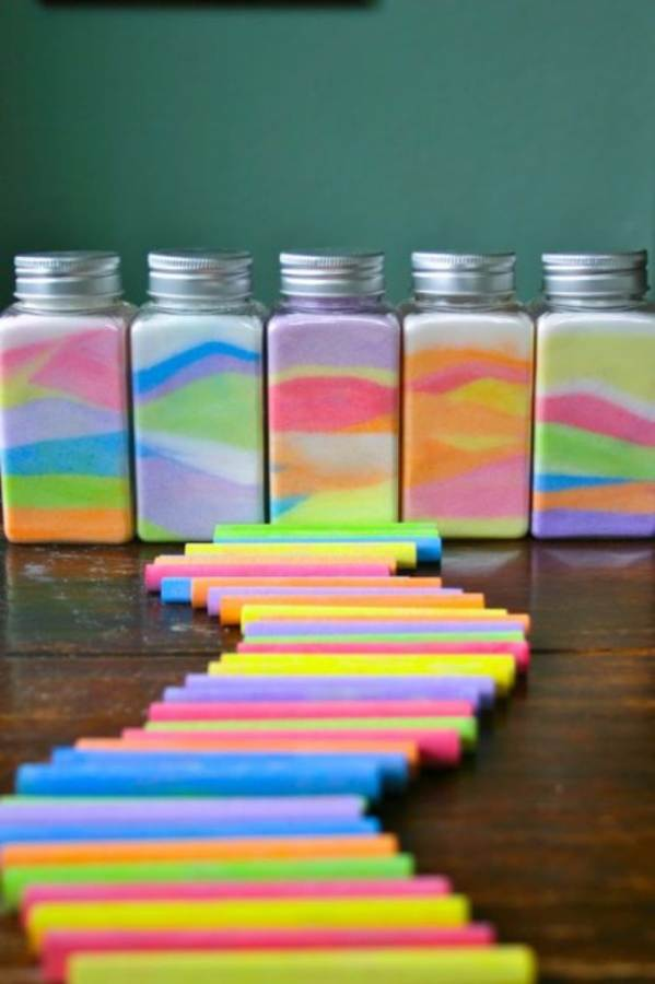 DIY Coloured Sand In A Bottle For Different Occasions (2)