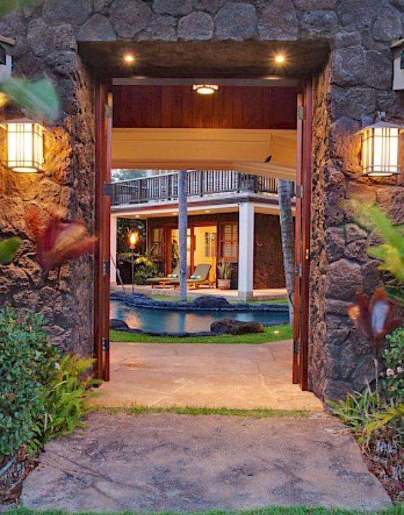 Exotic Hawaii Retreat with Astonishing Features and Amazing Views - Swaying Palms (17)