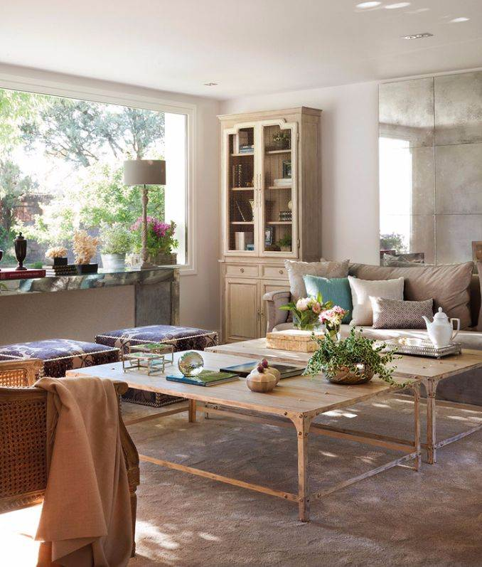 Bright Interior Country House For Family Holidays (9)