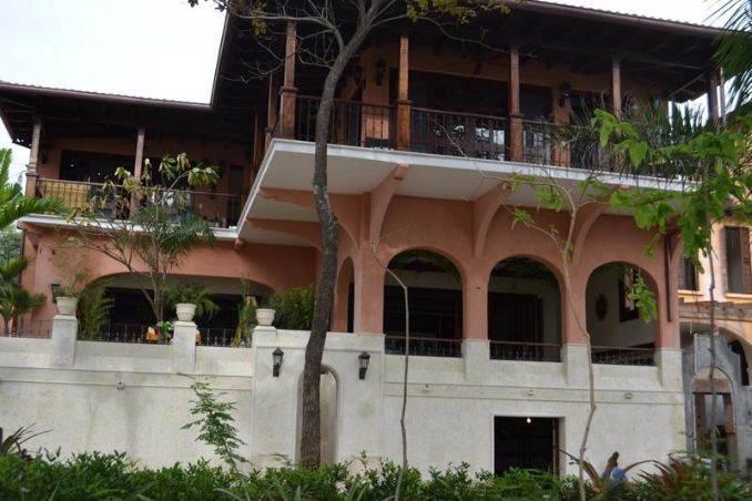 Casa Teja Absolute Beachfront Rental in Las Catalinas, Costa Rica (11)