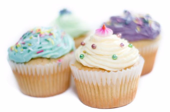 Baby Shower Cupcake Icing Ideas : 40 Gorgeous Baby Shower Cakes - Cupcakes Ideas - family ...