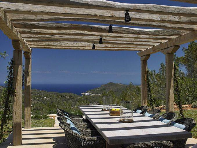 Magnificent Mediterranean villa in Ibiza (12)