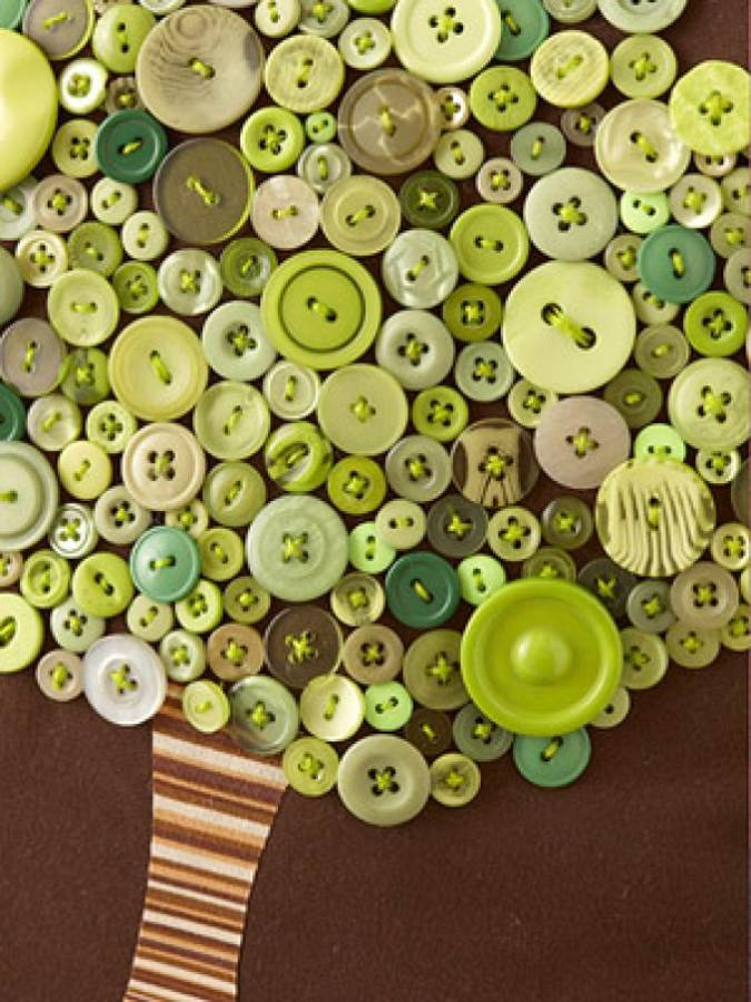 Creative DIY Craft Decorating Ideas Using Colorful Buttons (54)