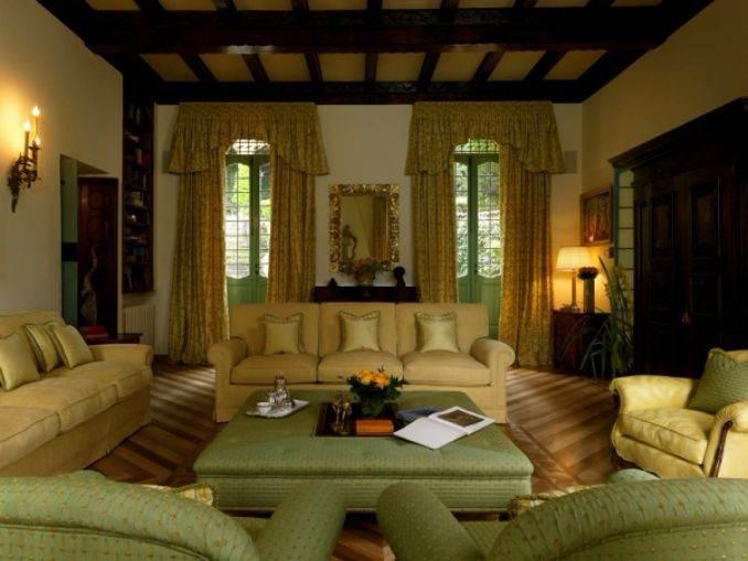 Delightful Villa On Lake Como Italy (16)