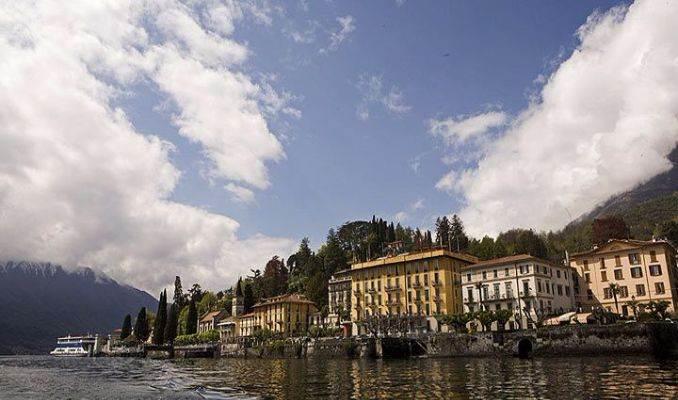 Delightful Villa On Lake Como Italy (56)