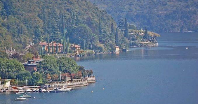 Delightful Villa On Lake Como Italy (7)