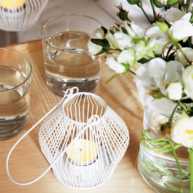 Holiday Romance In Miniature Summer Candle Centerpiece Ideas (14)
