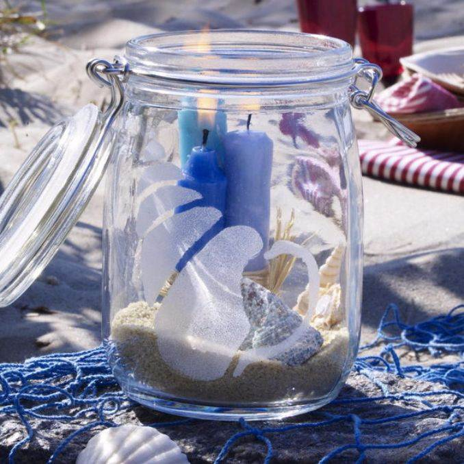 Holiday Romance In Miniature Summer Candle Centerpiece Ideas (8)