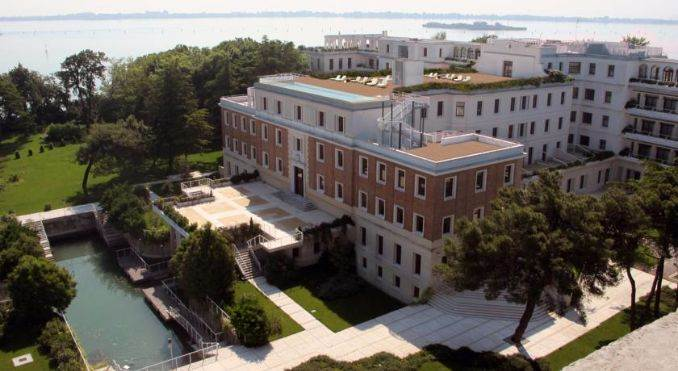 JW Marriott Hotel on a private island in Venice Italy (36)