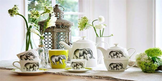 4-Harlequin-home-accessories-Amazilia-mugs-Savanna-coffee-set-amazilia-fabric-luxurious-design