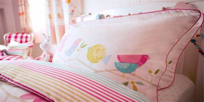 Kids Bedding and Curtains Landing Page 03