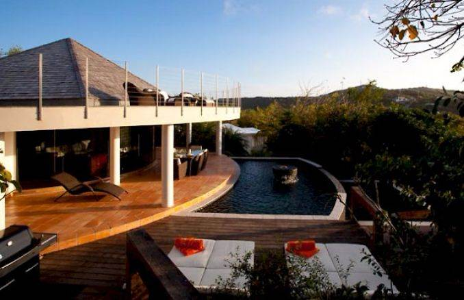ANANDA A Holiday Ocean Villa in St. Jean Island Overlooking the Caribbean (21)