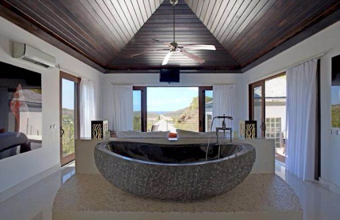 ANANDA A Holiday Ocean Villa in St. Jean Island Overlooking the Caribbean (35)