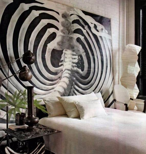 Spooky Bedroom Decor With Subtle Halloween Atmosphere