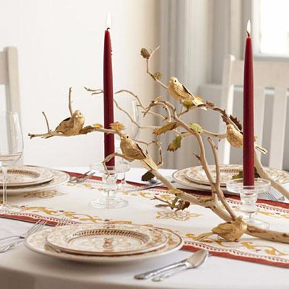 Elegant and easy thanksgiving table decorations ideas family to family - Interesting tables capes for christmas providing cozy gathering space ...