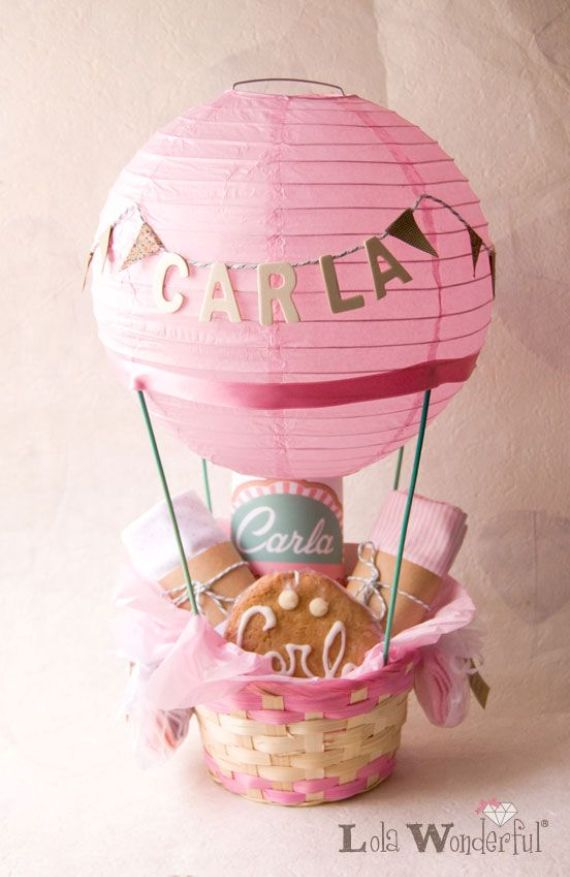 Creative ideas to recycle paper lanterns family holiday for Recycled paper lantern