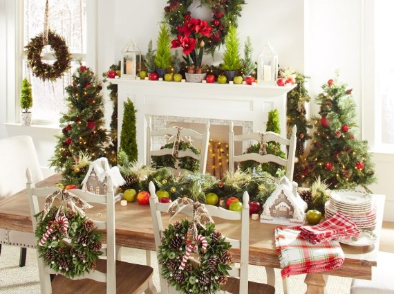 Serving up Christmas By using garland