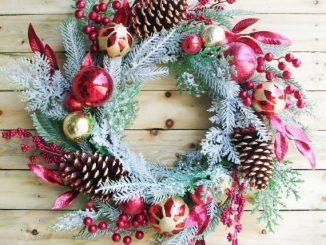 Christmas Wreath Decorated ball & ornaments pine cedar