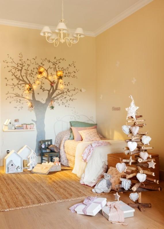 Christmas tree on the wall
