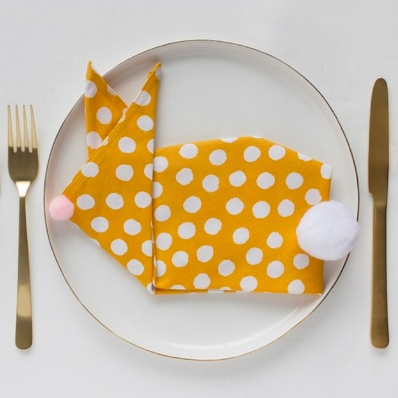 David_-Stark_Design_Easter_Napkin