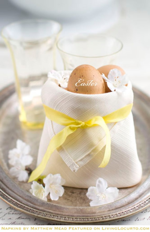 Easter-Napkin to keep the egg warm