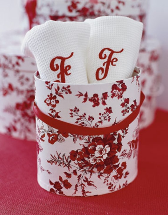 valentine-table-set-ideas-textile
