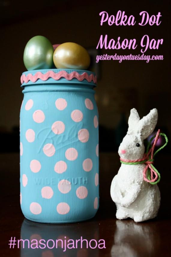 http://yesterdayontuesday.com/2014/04/polka-dot-mason-jar/