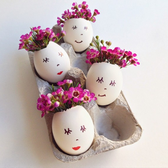 simple eggshell flower arrangements