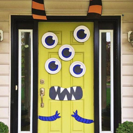 fun-cartoon-monster-Halloween-door-decor