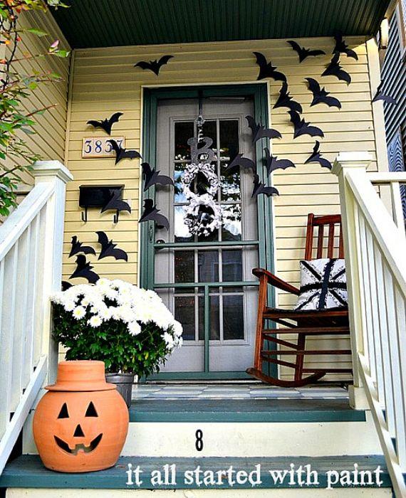 halloween-bats-on-door