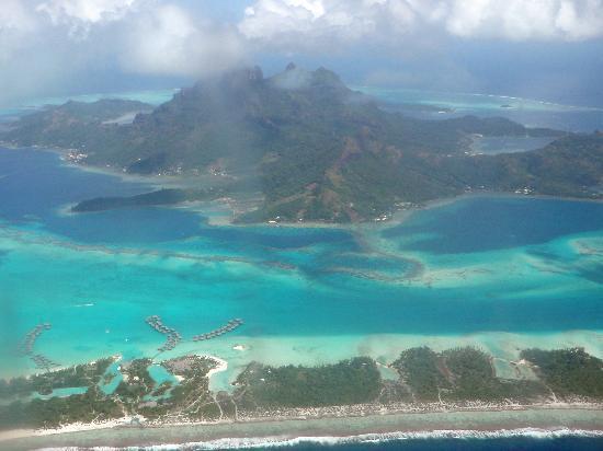 bora-bora-islands-pacific-ocean-1