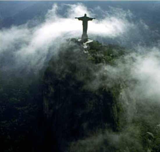 brazil-christ-the-redeemer-statue-12