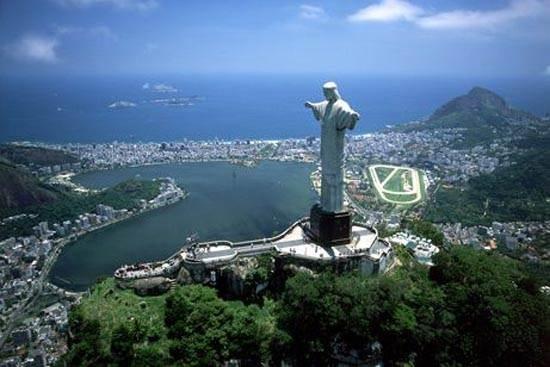 brazil-christ-the-redeemer-statue-3
