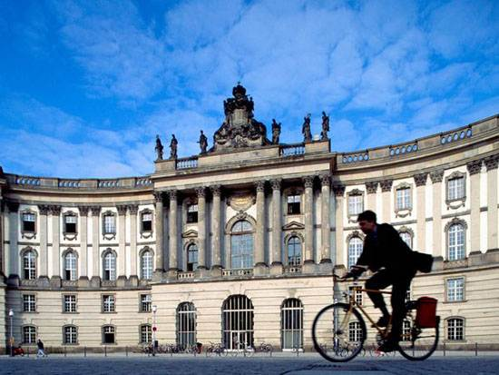 berlin-alte-bibliothe