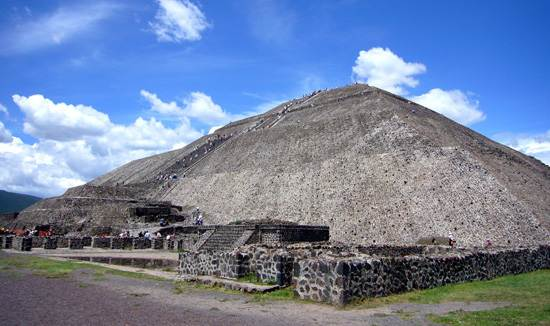 pyramid-of-the-sun