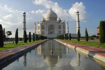 History of Taj Mahal Agra – 7 Wonder –  India Travel