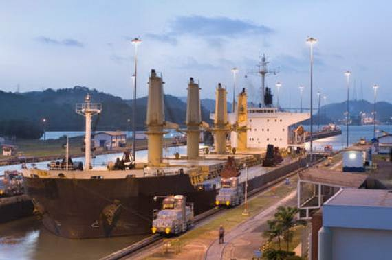 7-wonders-of-the-world-panama-canal_17