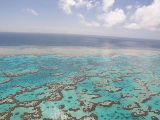 australia-great-barrier-reef-national-treasure-2
