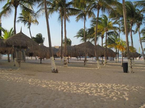 dutch-caribbean-island-paradise-on-the-abc-islands-aruba-8