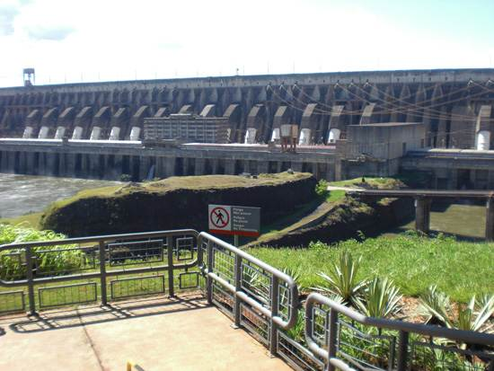 itaipu-dam-a-seven-wonder-of-the-world-brazil-11