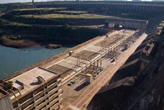 itaipu-dam-a-seven-wonder-of-the-world-brazil-12