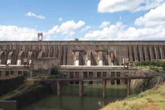 itaipu-dam-a-seven-wonder-of-the-world-brazil-13