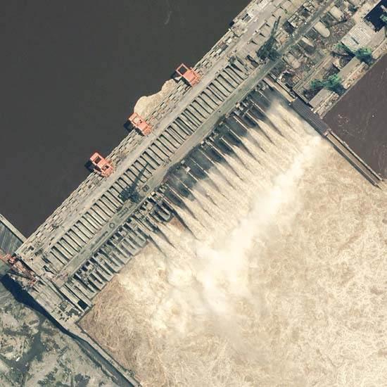 itaipu-dam-a-seven-wonder-of-the-world-brazil-7