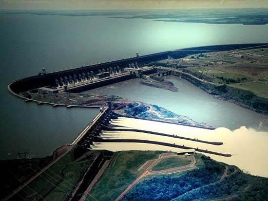 itaipu-dam-a-seven-wonder-of-the-world-brazil-8
