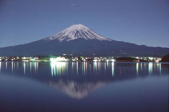 japan-mount-fuji-the-holy-mountain-13