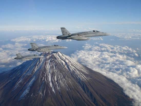 japan-mount-fuji-the-holy-mountain-2